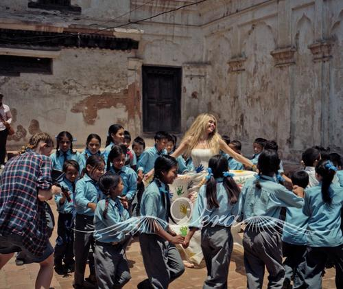 Вера Брежнева в Непале