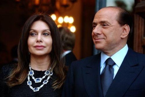 Cильвио Берлускони и Вероника Ларио
