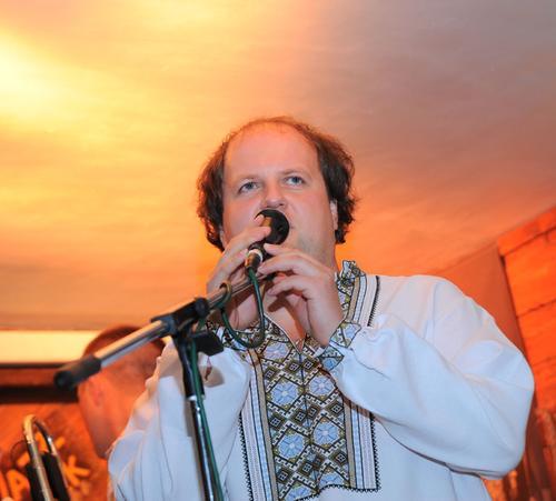 Солист группы «ТІК» Виктор Бронюк