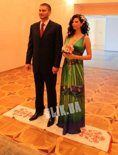 Виктор Янукович-младший и Ольга Корчанская на росписи
