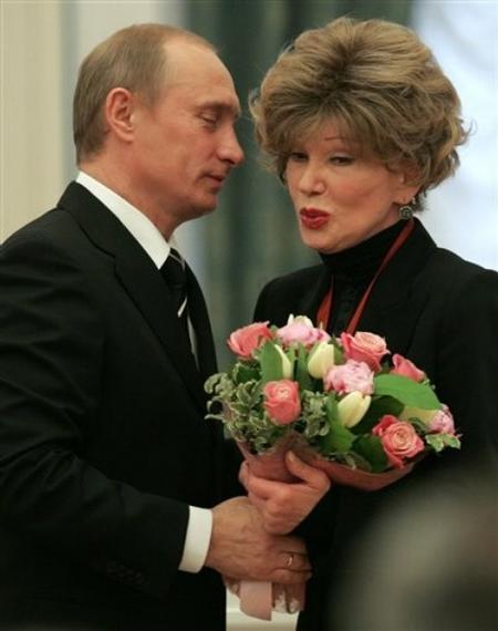Владимир Путин и Людмила Гурченко. 2005 год.