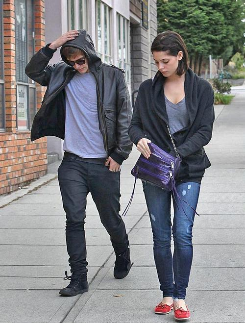 Эшли Грин и Ксавьер Сэмюэл на съемках фильма «Затмение»