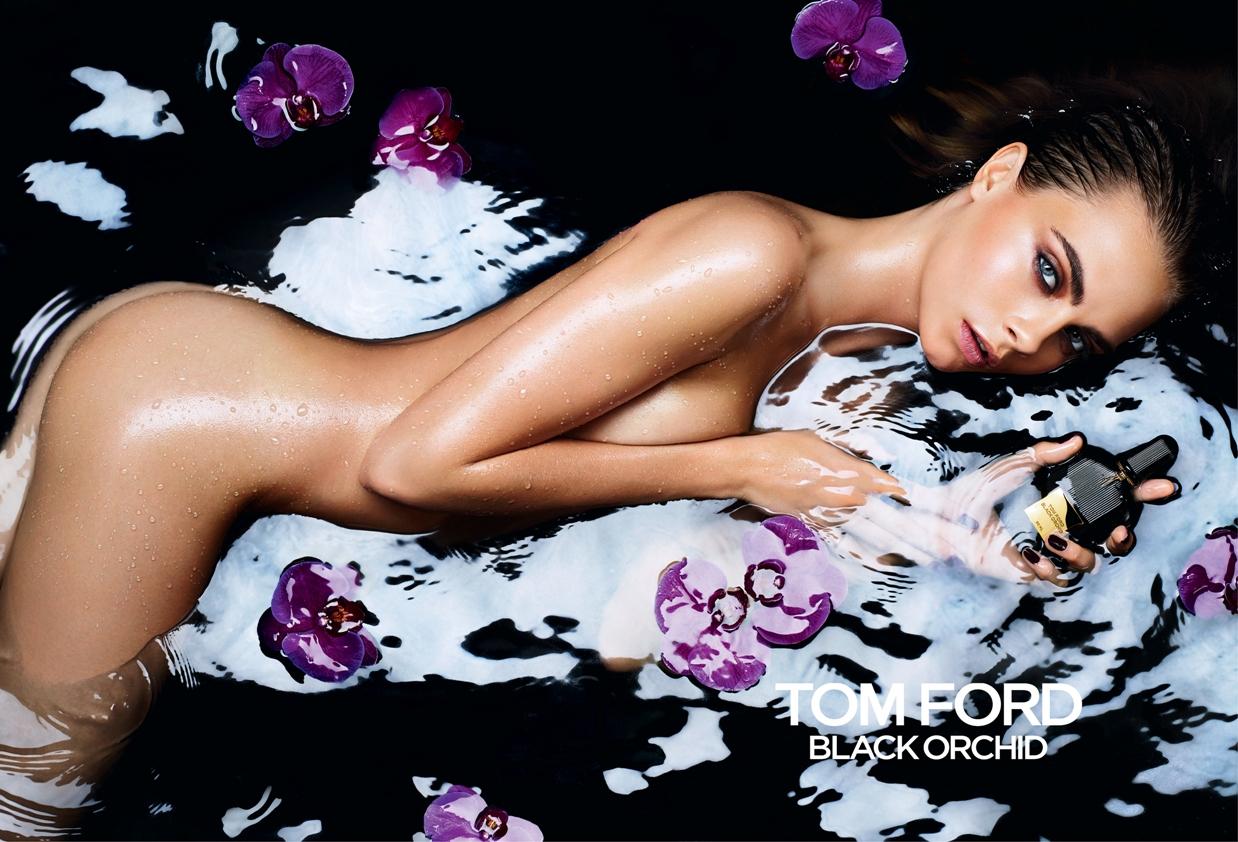 Голая Кара Делевинь в рекламе нового аромата от Tom Ford