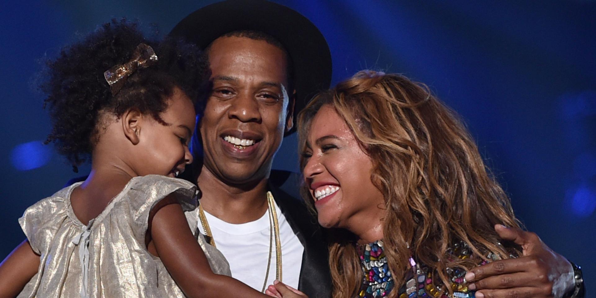 Бейонсе и Джей Зи с ребёнком