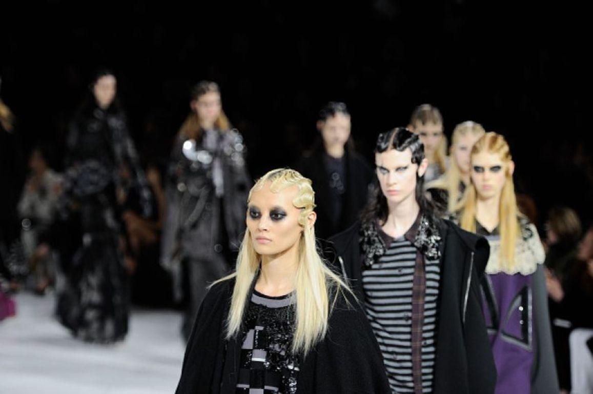 Леди Гага на модном показе