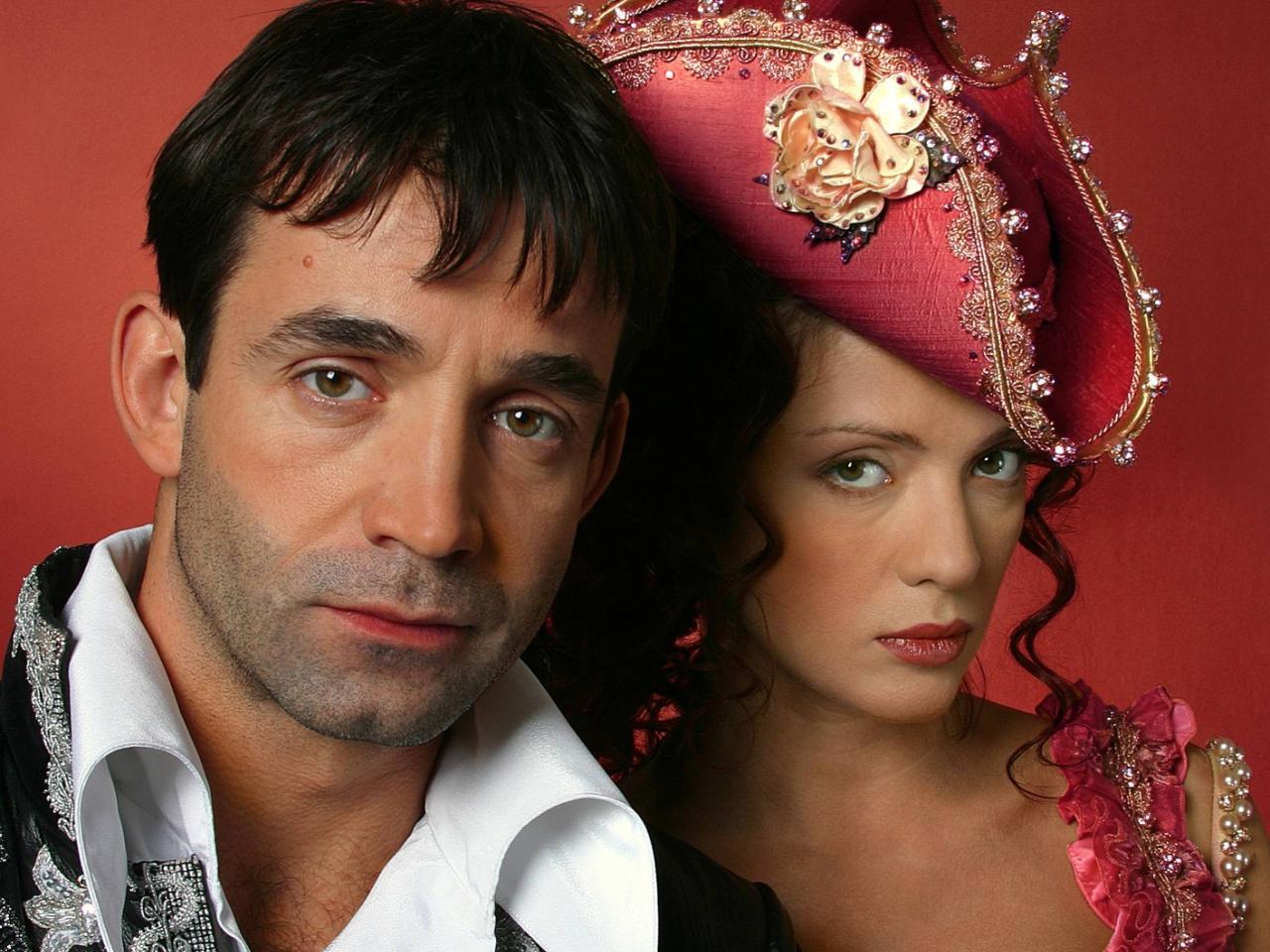 Певцов и Дроздова