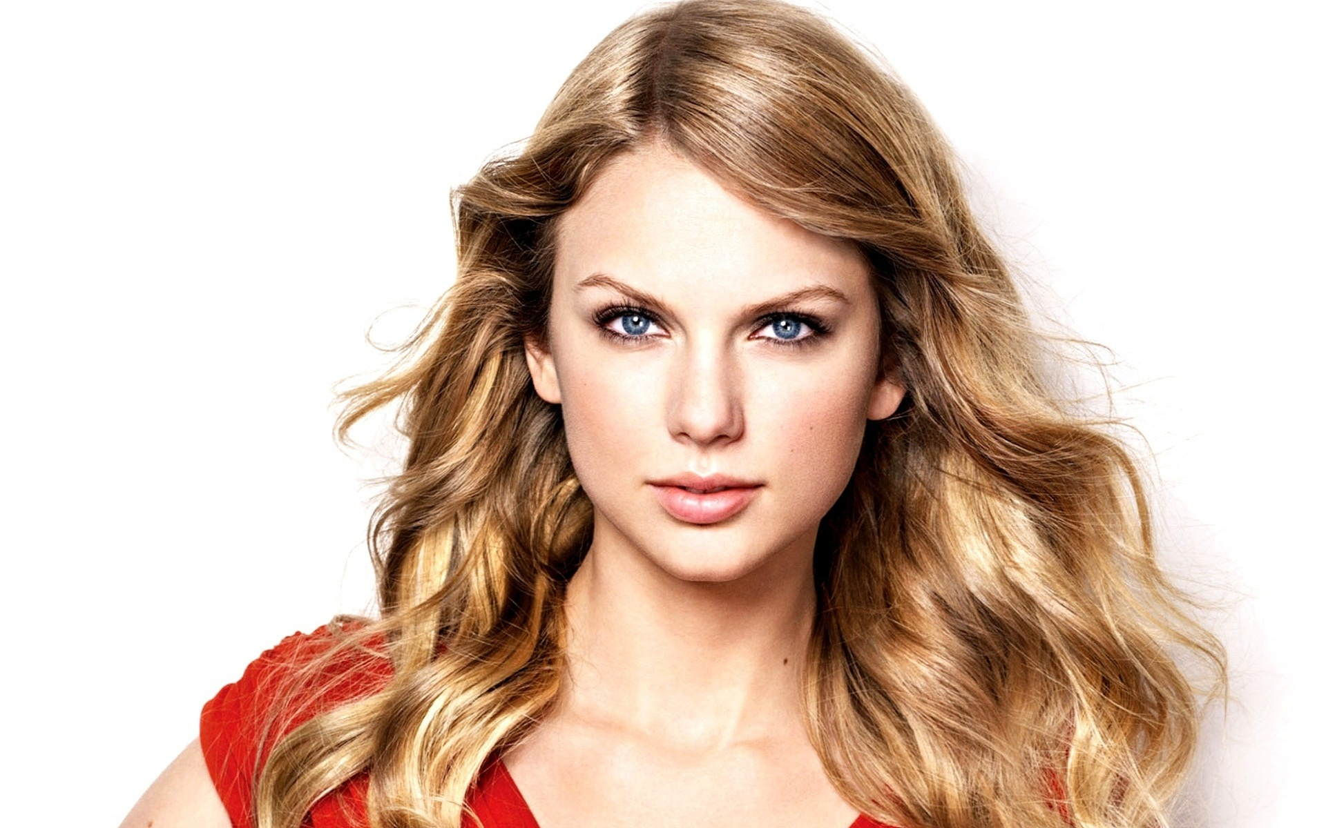 Тейлор Свифт стала самой сексуальной женщиной года