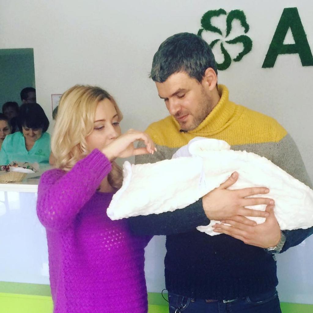 Тоня Матвиенко с семьёй