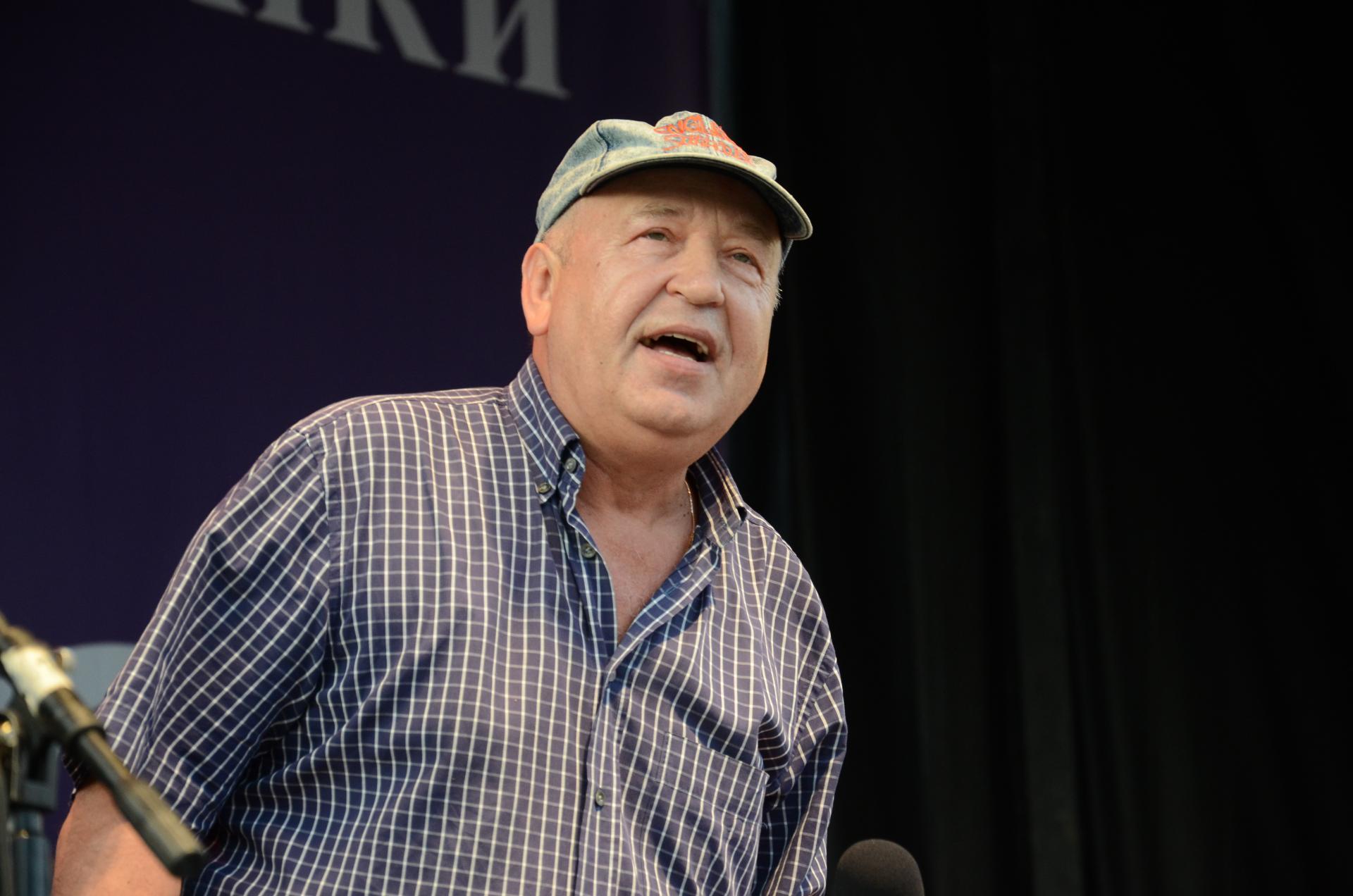 Виктор Пеленягрэ