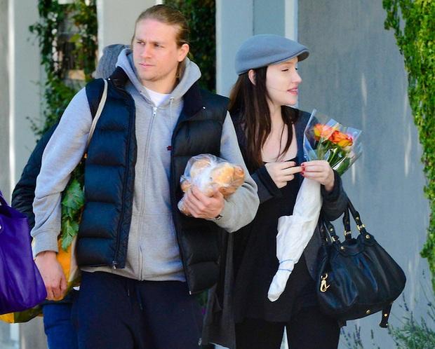Влюбленных часто можно увидеть прогуливающимися в Лос-Анджелесе